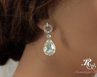 Small bridal earrings with rhinestone posts and crystal drops, rhinestone teardrop earrings, drop wedding earrings, bridesmaid earring 1174