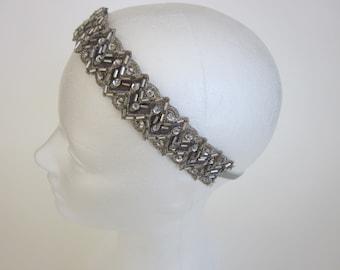 SALE / 1920s silver beaded dress headpiece Fascinator Gatsby Headband, Flapper Dress, Great Gatsby Dress, Flapper Headband, Gatsby Headband