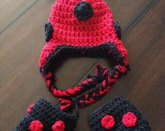 ladybug hat and bootie set