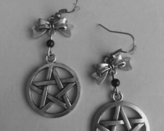 Pentacle earrings with beads and loop