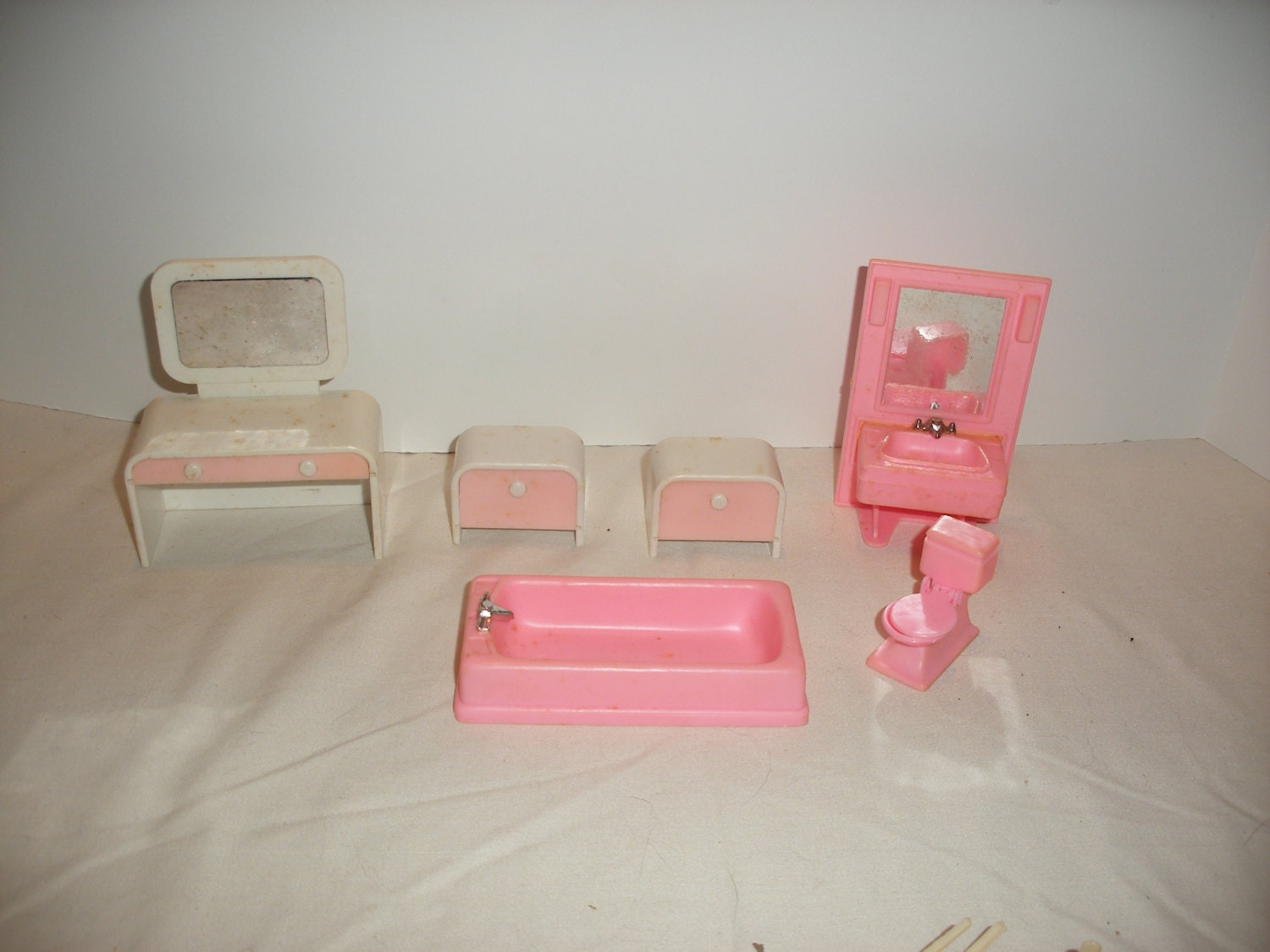 Vintage plastic doll house furniture tm314 108 Plastic for furniture