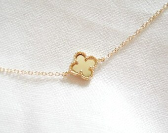 Clover Gold Necklace. Simple Necklace. Everyday Necklace