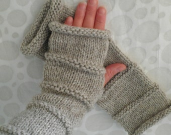 Womans Handmade Woolen Fingerless Gloves in Oatmeal Beige /Handknit Gloves/Womens Tweed Wool Fingerless Gloves /OSLO