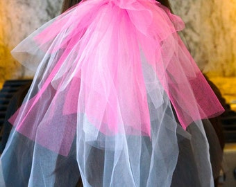 Bachelorette Party Veil Clip - 2 colours
