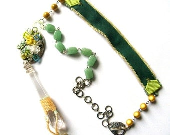 Boho Chic Necklace, Gemstones Necklace, Asymetric Aventurine Necklace, Yellow and Green Pastel pendent Necklace, Assemblage Vintage Necklace
