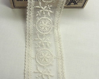 1yard  VTG Style Embroidery scalloped Fabric Tulle Mesh Net Lace Trim 5.5cm wide #309