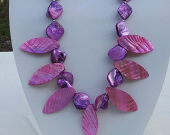 Handmade shell necklace #00N29