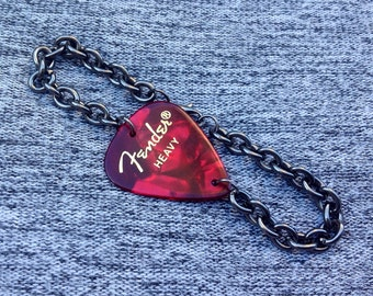 Fender Red Moto Guitar Pick Bracelet