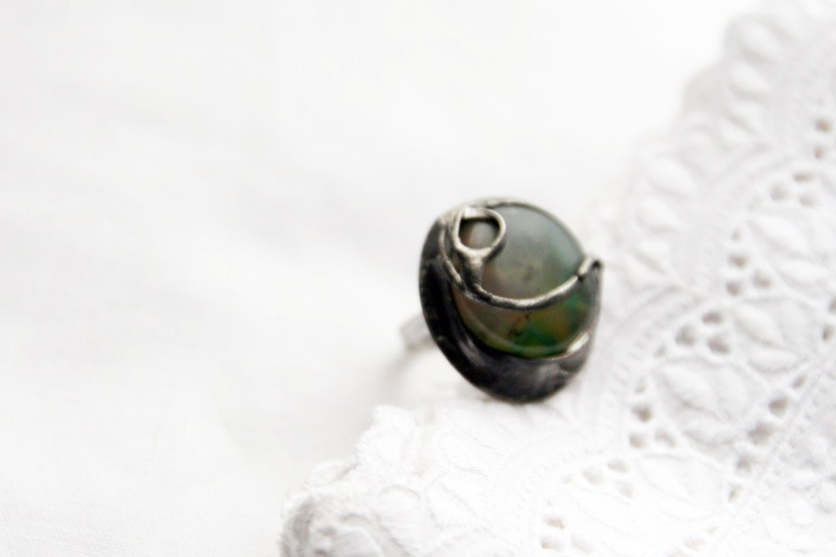 agate ring delicate light green emerald by