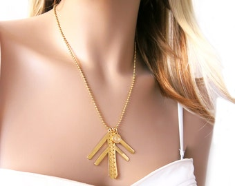 Gold tribal necklace - Native necklace - Casual necklace - Gold tribal ribal charm - Gold geometric necklace