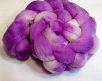 Organic Polwarth, 4oz, Wool, Roving, spinning, felting, needle crafts, hand Dyed, Spring011 Purple, Violet, White