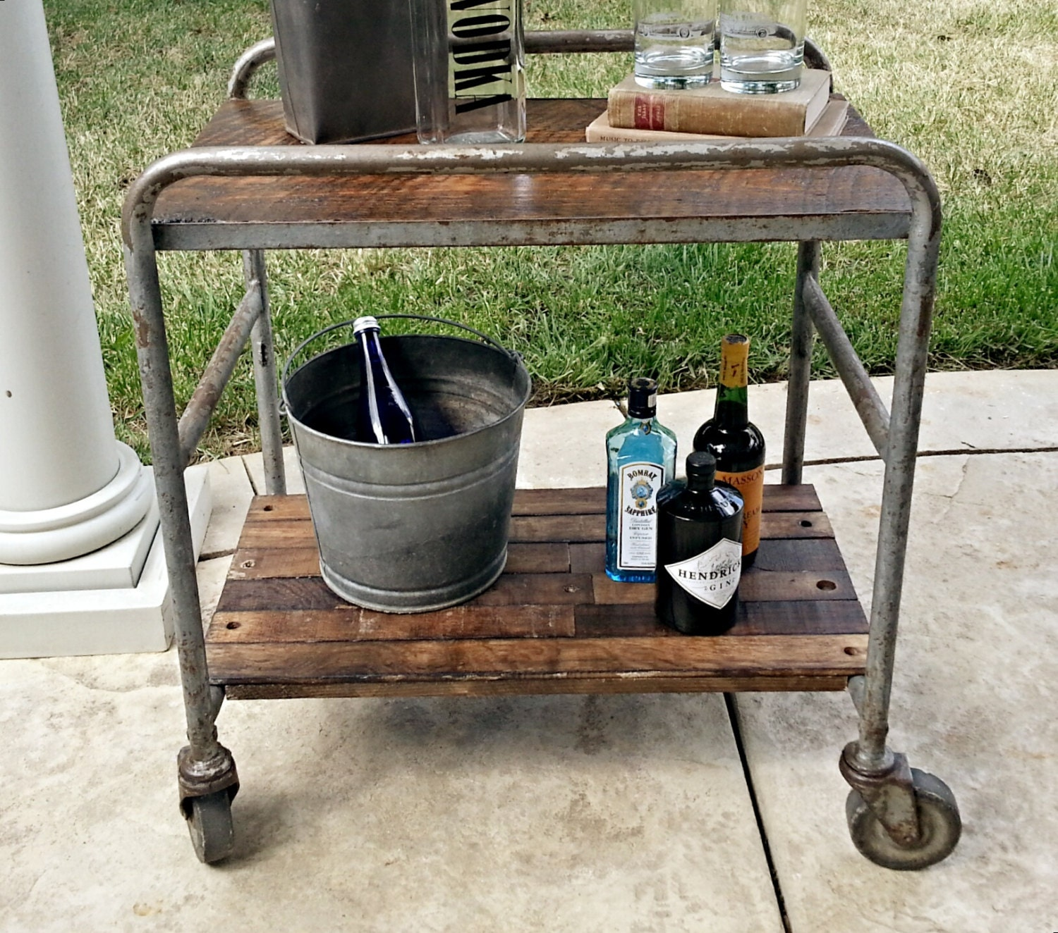 industrial bar cart rolling rustic table casters. Black Bedroom Furniture Sets. Home Design Ideas