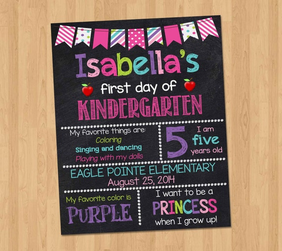 how to make a first day of school chalkboard sign