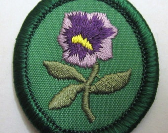 """Recently Retired Girl Scout Troop Crest """"Purple Pansy"""""""