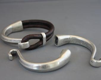 Zamak  Half Bracelet Clasp Antique Silver for leather  - Inside hole 10 x 5.3 mm