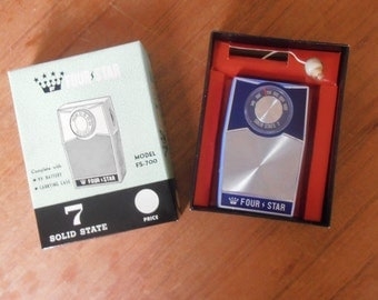 Vintage Four Star transistor pocket radio