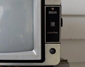1980s PORTABLE Vintage Colortrak RCA TV Silver