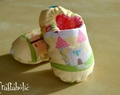 Baby soft shoes, reversible shoes, fairytale castle