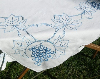 Embroidered Vintage Tablecloth Blue Grapes Tuscan Decor Grape Vines Leaves  Countryside French Farmhouse Touch Of Italy