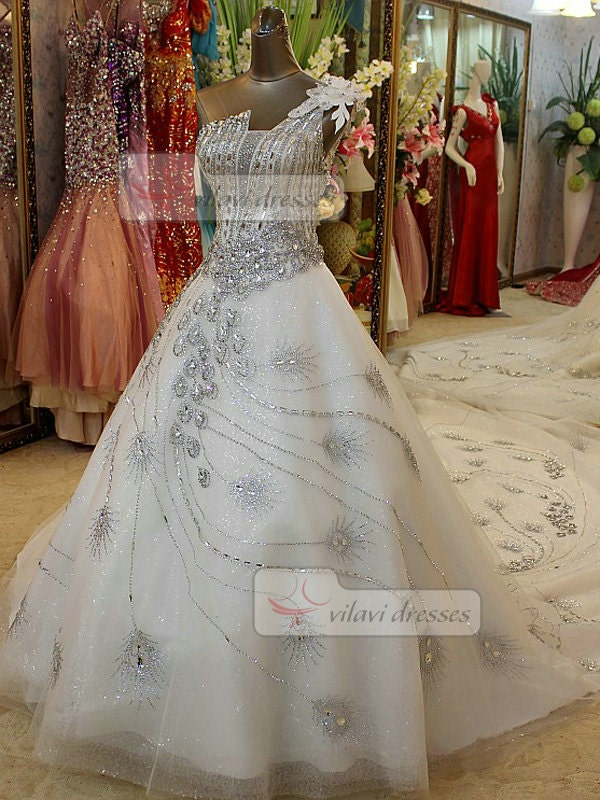 Line wedding dress flower one shoulder peacock feathe