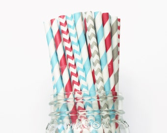 Christmas Paper Straws, 25 Holiday Paper Straws, Vintage Straws, Table Setting, Kids Table, Holiday Party, Christmas Party, Made in USA