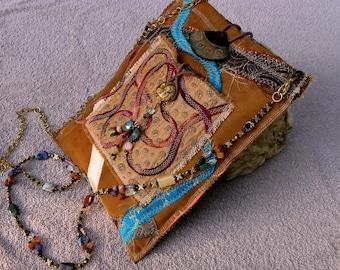 Fiber Art Boho Tribal Technology Cross Body Handbag for Ipad, Tablet, Kindle,Smartphone, HP Mini