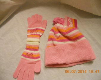 Barbie gloves and hat New condition