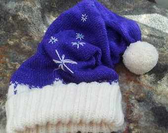 Hand knitted winter hat.