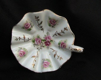 Floral Candy Dish Japan Home Decor Vintage Scalloped  Collectible Japanese Scalloped with Handle Vintage China Floral Pattern Gold trim