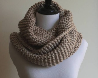 KNITTING PATTERN - infinity scarf, pdf Instant Download Knitting Pattern, knit scarf, NOT a finished scarf, a make it yourself tutorial