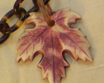 30s LUCITE Chain O' Fall Leaves