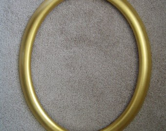 Wooden Oval Gold Frame - Cross Stitch