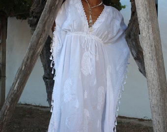 White Ibiza long kaftan with hand embroidery
