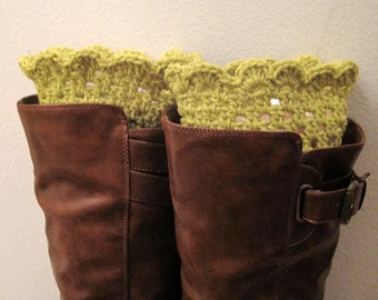 Hand crochet Grass / Herbe / Cesped ankle boots / boot cuffs,leg warmers, Boot toppers---Winter accessories--Christmas gift