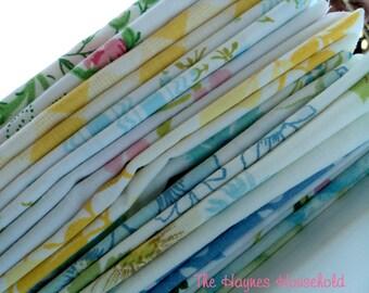 Vintage Sheet / Bed Linen Fat Quarter. Surprise Bundle. 12 Pack