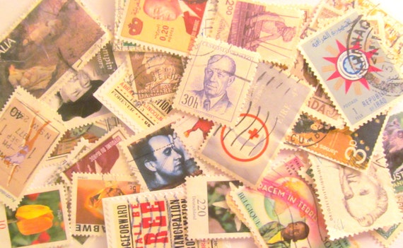 Used postage stamps: pack of 34 mixed vintage stamps in various natural colours. Ideal for upcycling, paper craft, decoupage.