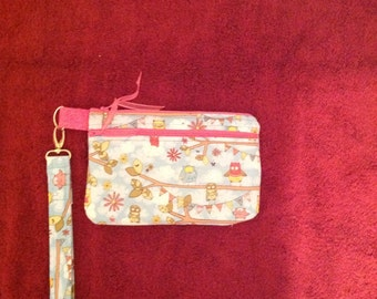 Purse, zippered with Owl fabric