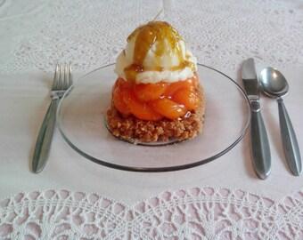 Peach Crumb Dessert Candle ©