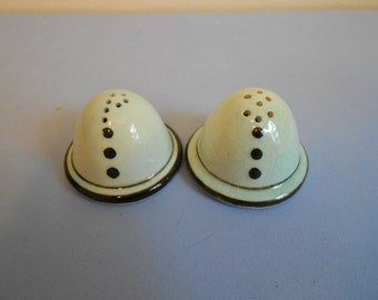 Vintage  Salt and Pepper Shakers Space Ship Looking