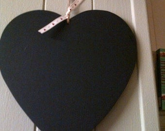 Handmade heart shaped chalkboard plaque/door/wall sign - perfect gift for friends x