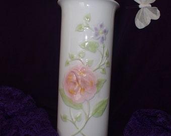 Vintage 1982 Arnart Vase Made in Japan - Pastel Fleur