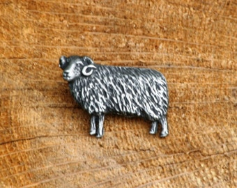 Sheep Pin Brooch Badge Pewter Farming Gift