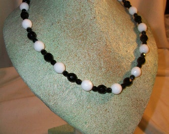 Black necklace with crystals White &