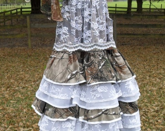 Little girls camo and lace. Something different for those Country Cuties, Weddings, Parties, Pageants, dressup or just for fun.Select size