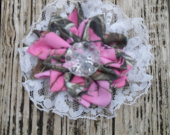 Pink Mc2 TrueTimber camo & lace country cuties hair clips!. Ready to Ship ! 3.5x3.5