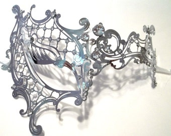 Lady Phantom Masquerade Mardi Gras Metal Filigree Mask in Silver with Clear Crystals