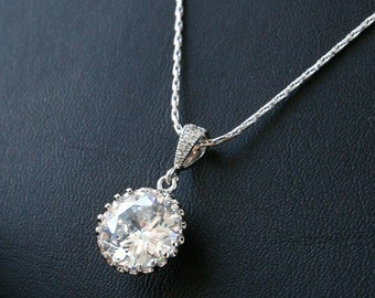 CZ Round Charm Necklace, Bridesmaid Gift, Wedding Jewelry, Bridal Necklace, Wedding Necklace, Gift Necklace, CZ necklace, Luxury necklace