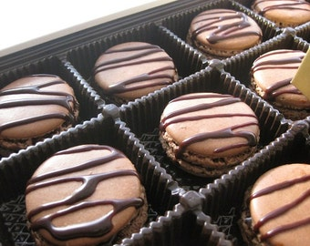 natural macarons, 12 chocolate drizzle macarons,  ottawa macarons, macarons, french macaroons, french cookies, wedding gift, wedding favors