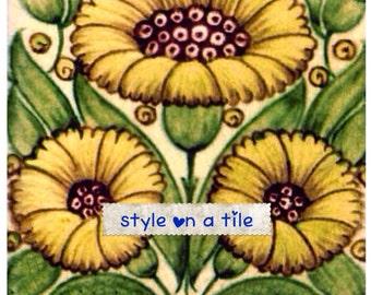 Lovely William De Morgan Yellow daisy design large ceramic tile trivet kitchen bathroom walls splash backs fireplace tile plant stands