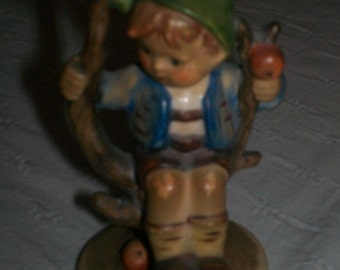 1960s Hummel figurine Apple Tree Boy #142 3/0 West Germany